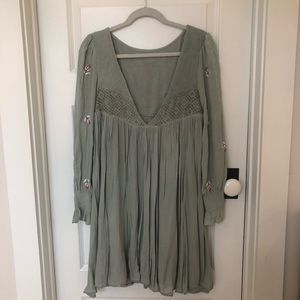 a8a29cf8fa01c Free People Dresses - FREE PEOPLE Mohave Embroidered mini dress. Size XS